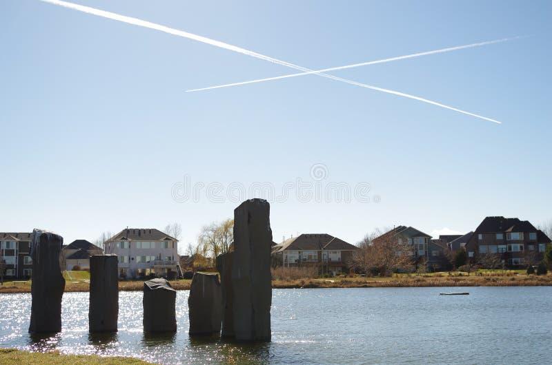Rochas no lago foto de stock