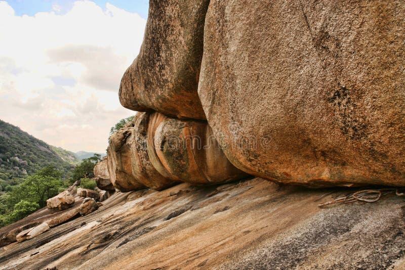 Rochas pungentes do parque nacional de Matopos, Zimbabwe imagem de stock