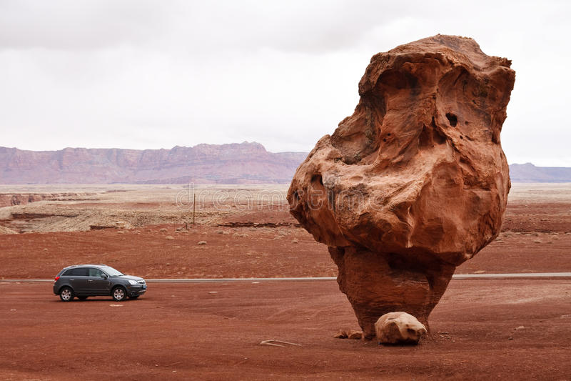Roche équilibrée bizarre, gorge de marbre, Arizona photos libres de droits