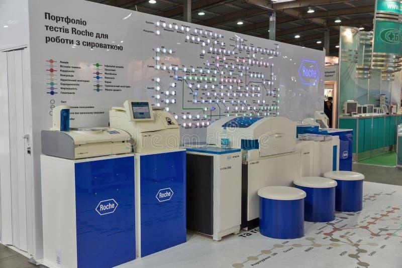 Roche Both vid International Medical Forum i Kiev, Ukraina royaltyfri foto