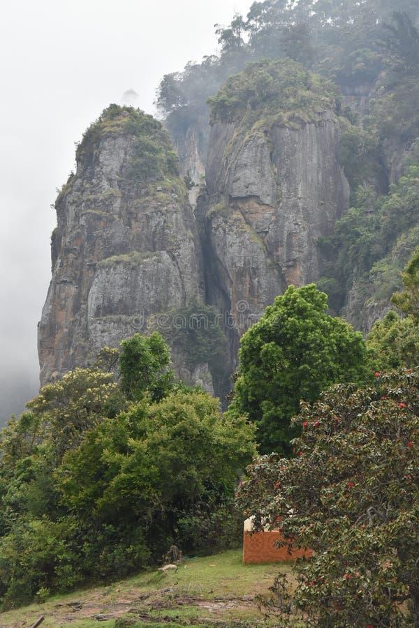 Roche de pilier une attraction touristique dans le kodaikanal images libres de droits