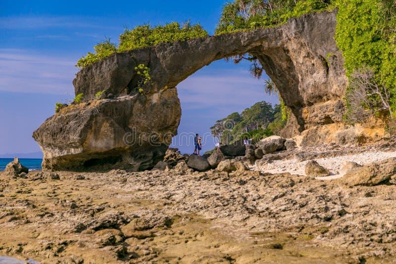 Roche de pont d'île de Neills image libre de droits