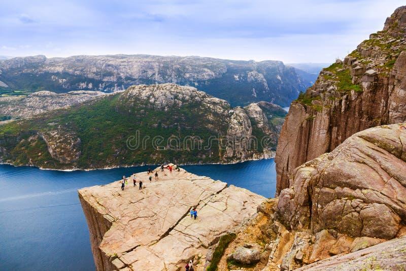 Roche de pupitre de prédicateurs dans le fjord Lysefjord - Norvège photo libre de droits