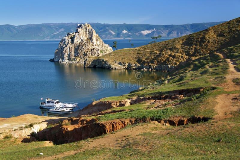 Roche de Shaman sur l'île d'Olkhon au lac Baikal image libre de droits