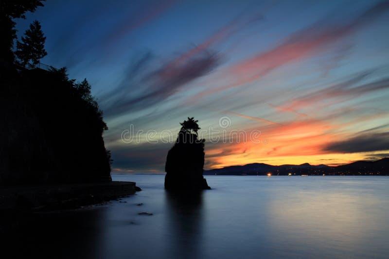Roche de Siwash, ville de Vancouver images libres de droits