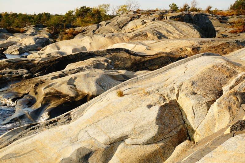 Roche en place de Stangnes la roche la plus ancienne en Norvège images stock