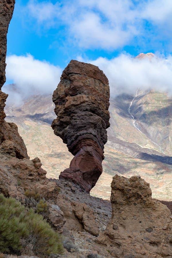 Roche volcanique et gisements de lave sur la plus haute montagne dans le bâti Teide, Tenetife, îles Canaries, Espagne de l'Espagn photographie stock