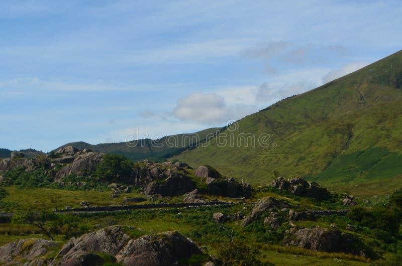 Rochers dans les collines photo libre de droits