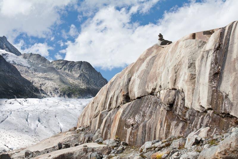 Roches érodées par le glacier photos stock
