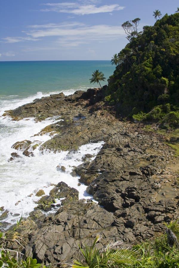 Roches dans Itacare photos stock