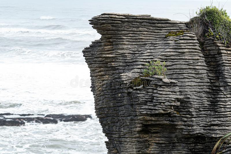 Roches de crêpe et soufflures, Punakaiki Nouvelle Zélande image libre de droits