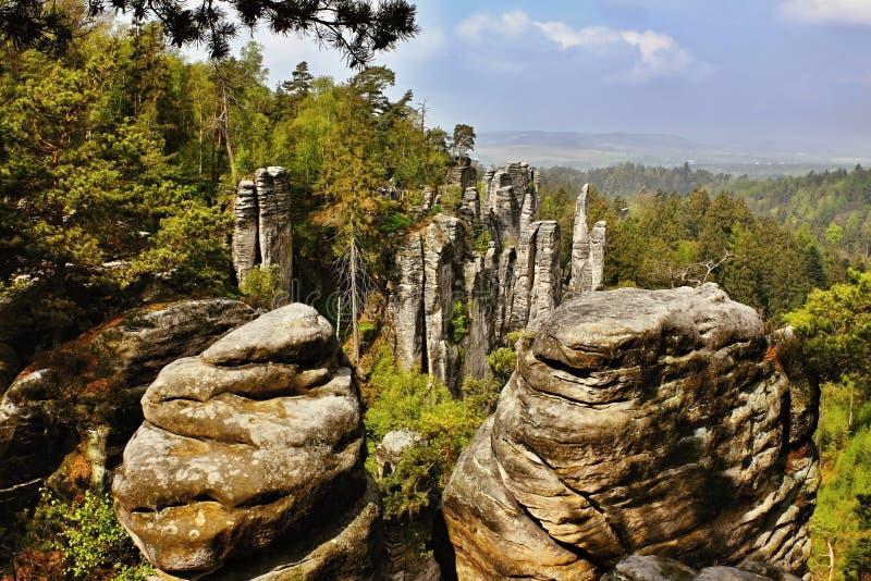 Roches de grès dans la République Tchèque photographie stock