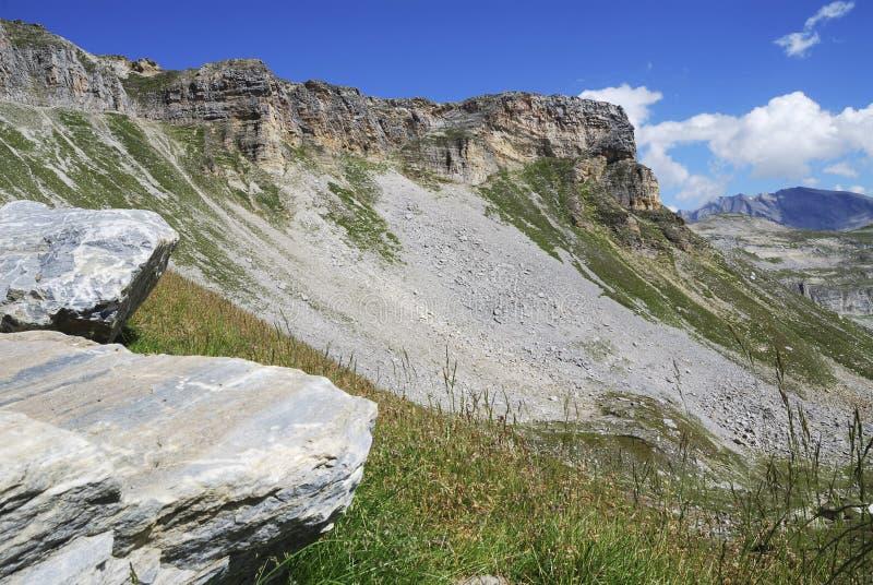 Roches et montagnes image stock