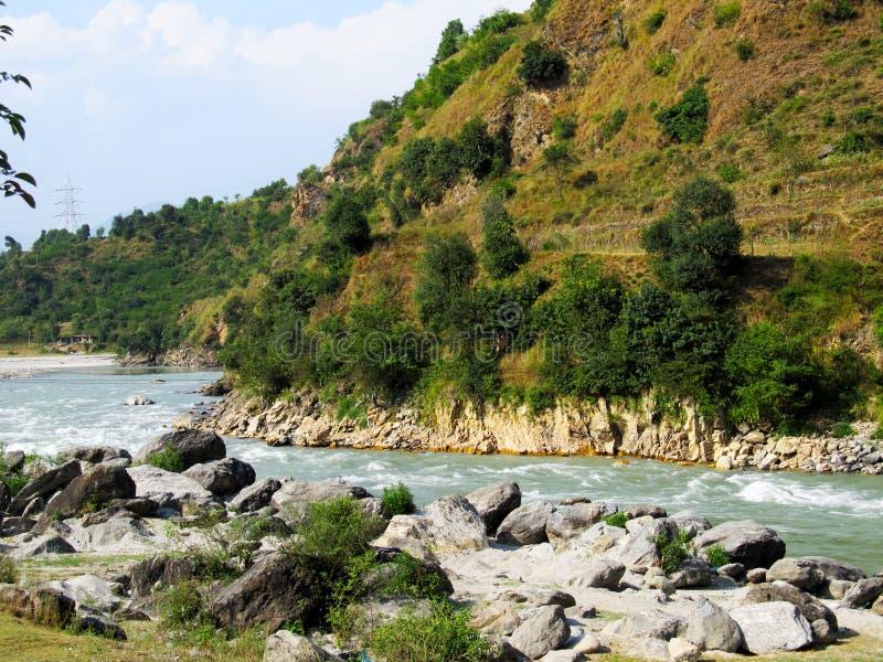 Download Roches et pierres photo stock. Image du pierre, montagnes - 87708680