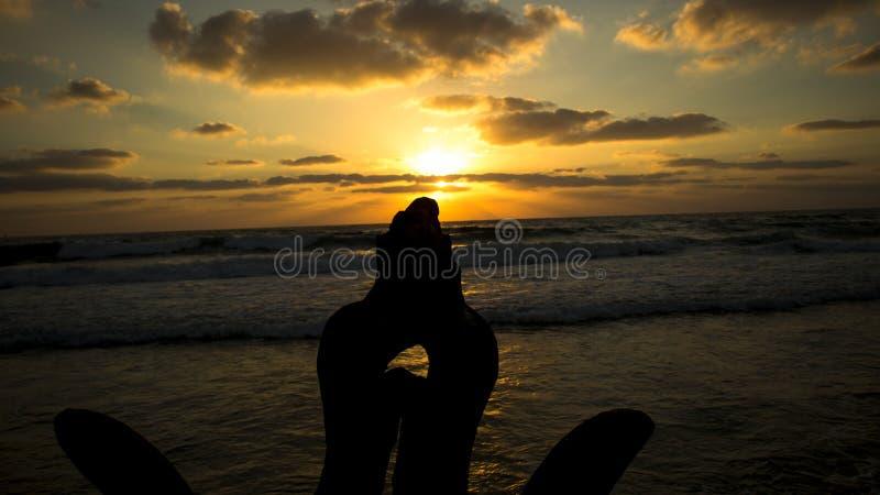 Roches par la mer photos libres de droits
