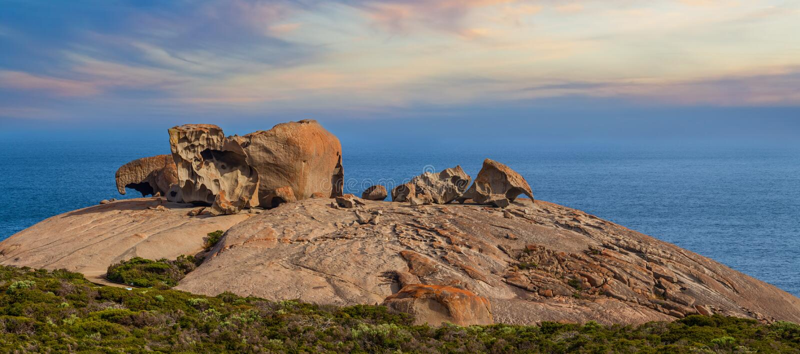 Roches remarquables célèbres au coucher du soleil Parc national de chasse de Flinders, image stock