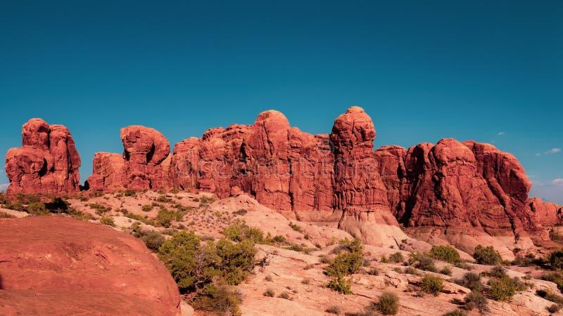 Roches rouges dans les voûtes parc national, Utah image stock