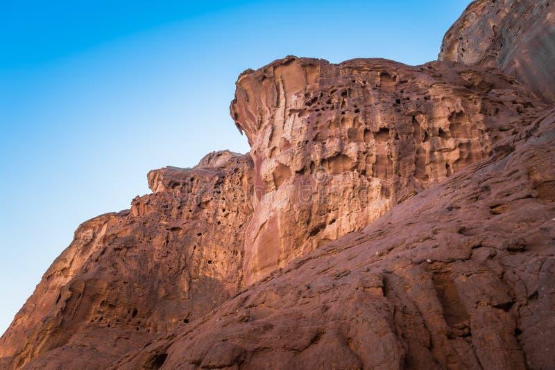 Roches rouges en parc national de timna images stock