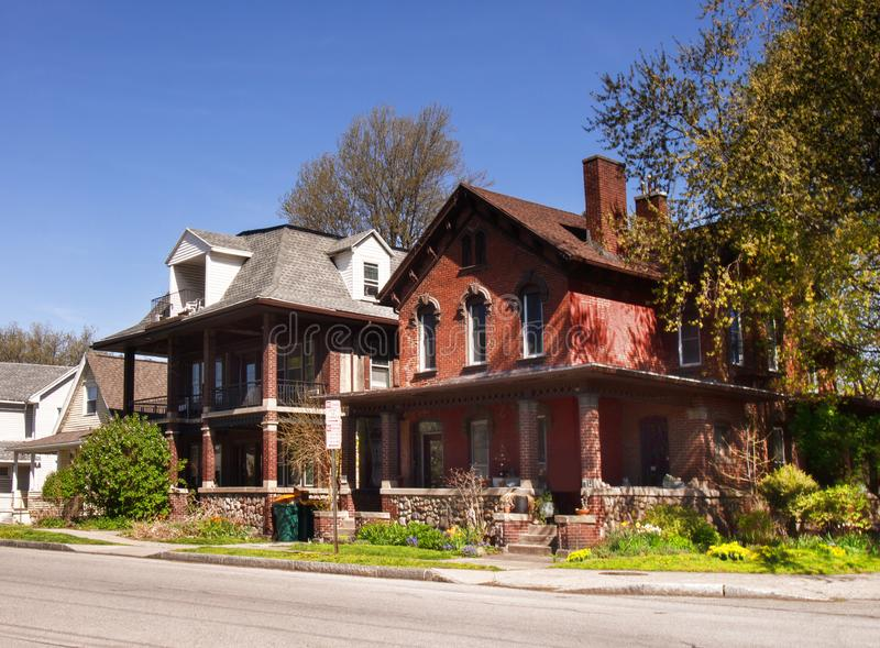 Rochester-Nachbarschaft im Frühjahr stockbild
