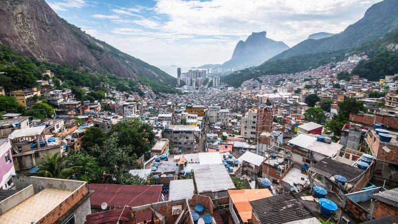 Rocinha Favela dalla porta di cielo immagini stock libere da diritti