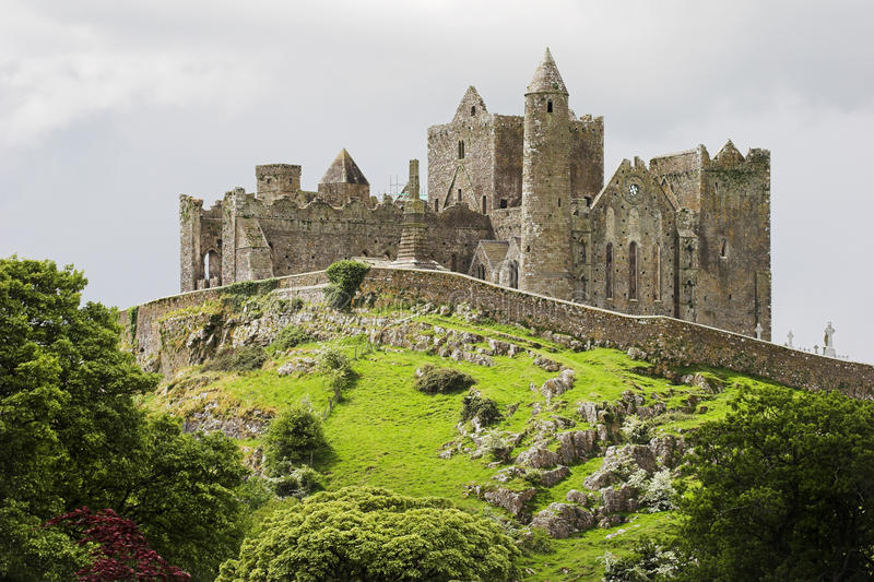 Rock av Cashel Irland arkivfoto