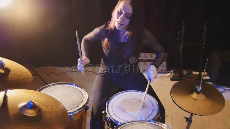Breaking The Girl Drum