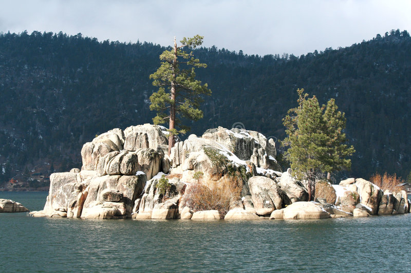 Rock Formation On Lake Royalty Free Stock Photography