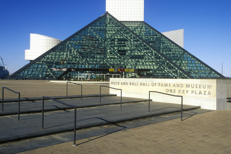 Rock-and-Rollhall of fame-Museum, Cleveland, OH- lizenzfreie stockbilder