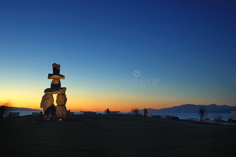 Download Rock Sculptrue By English Bay Stock Image - Image of island, travel: 1708817