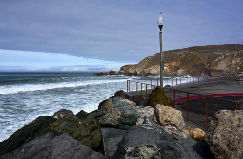 Rockaway海滩, Pacifica加利福尼亚 免版税库存图片