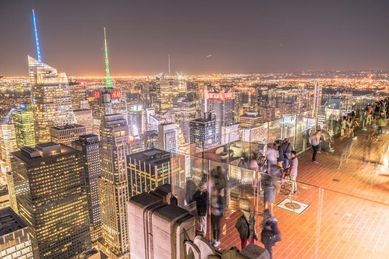 Rockefeller Center Observation Deck of the people and the night view royalty-vrije stock foto