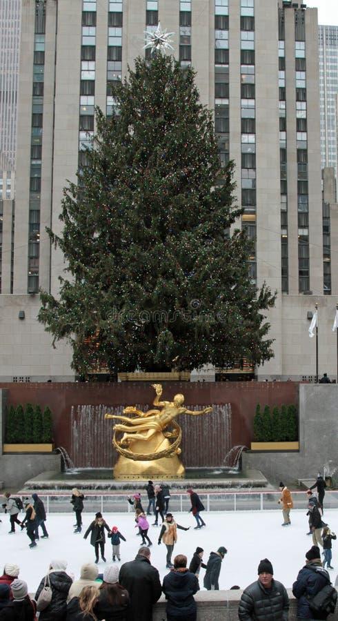Rockefeller-Mitte-Weihnachtsbaum stockfotografie