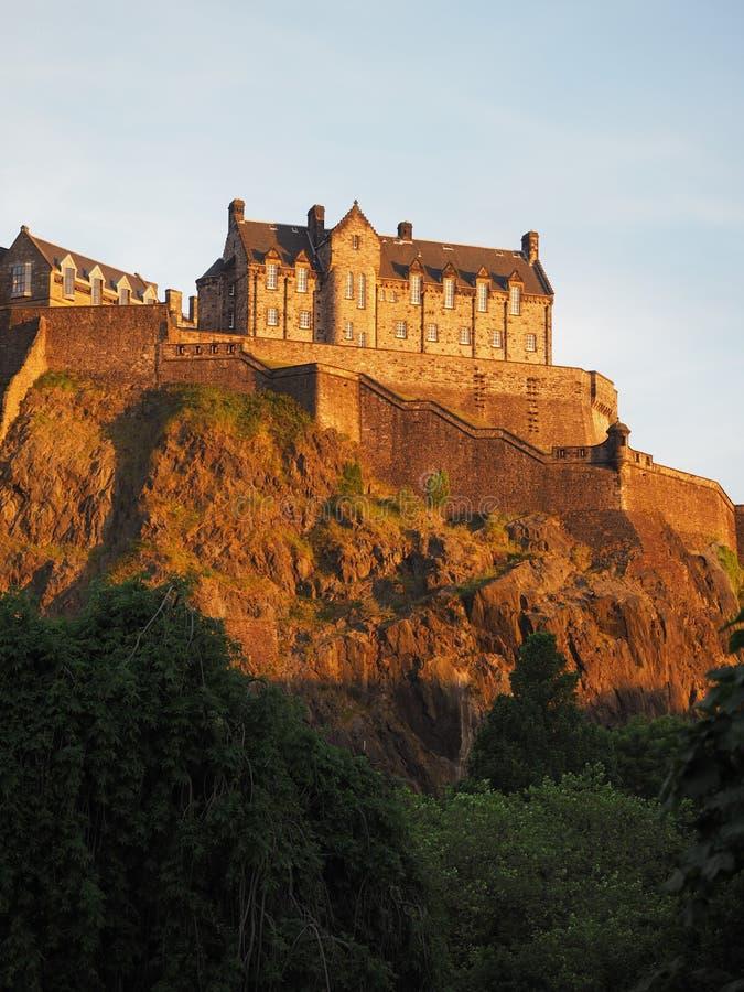 rockera den edinburgh solnedgången arkivfoton
