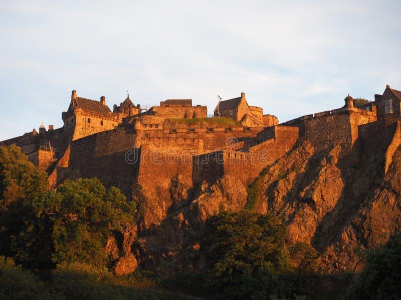 rockera den edinburgh solnedgången royaltyfri foto