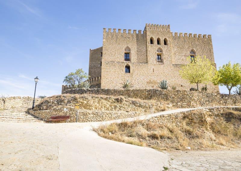 Rockera i Todolella, landskap av Castellà ³ n, Spanien royaltyfria bilder
