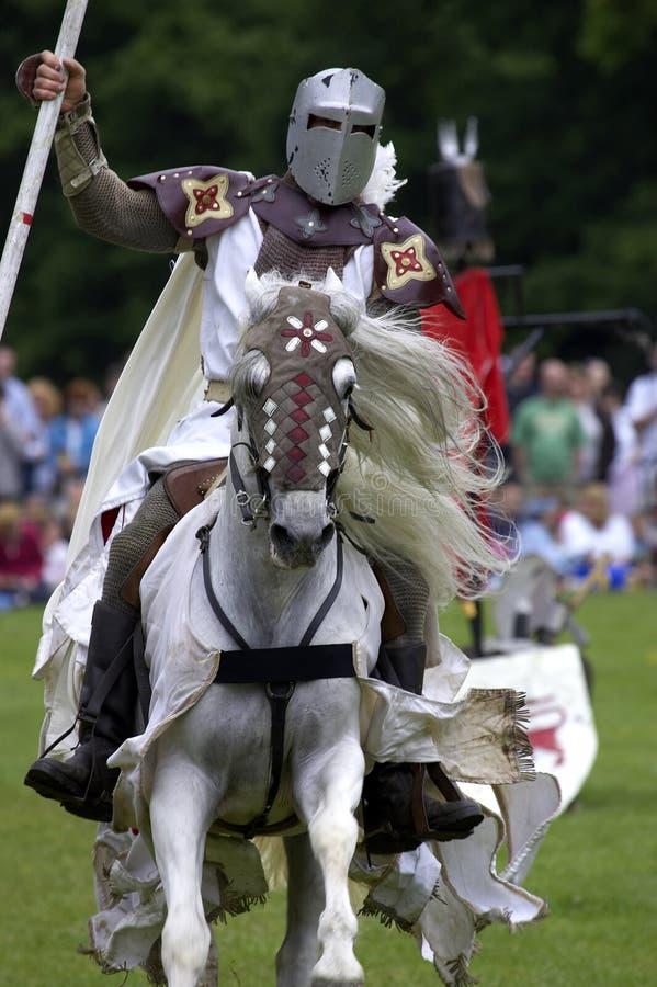 rockera warwick för england jousting riddareuk arkivbilder