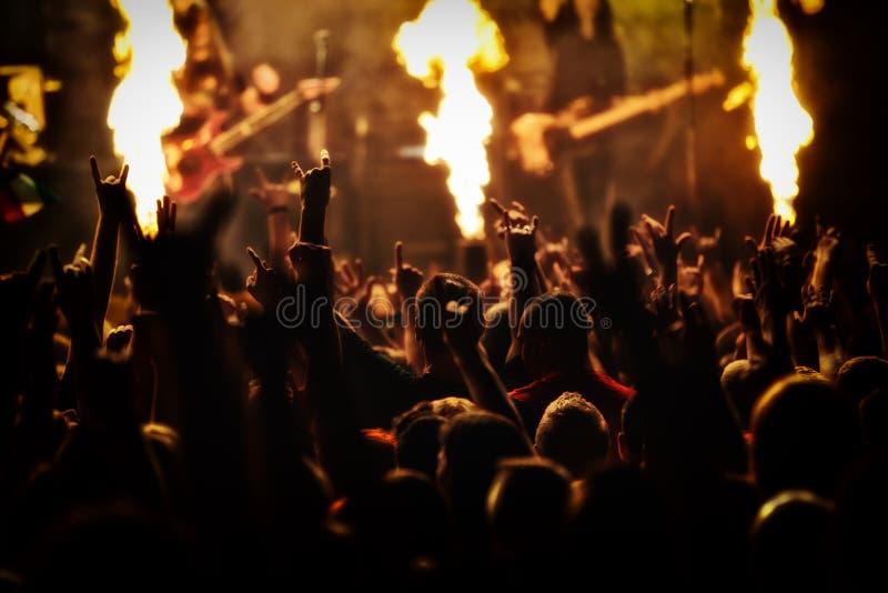 Rockkonzert, Musikfestival stockfotos