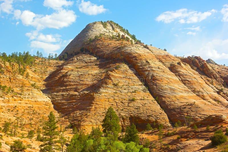 Rockowa formacja Zion park narodowy przed zmierzchem zdjęcia stock