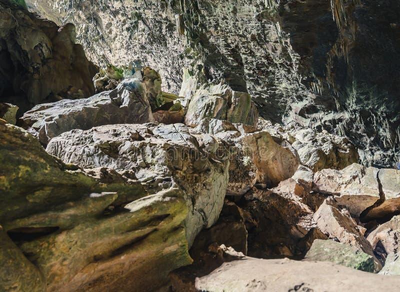 Rockowe formacje i soplenowie zdjęcie stock