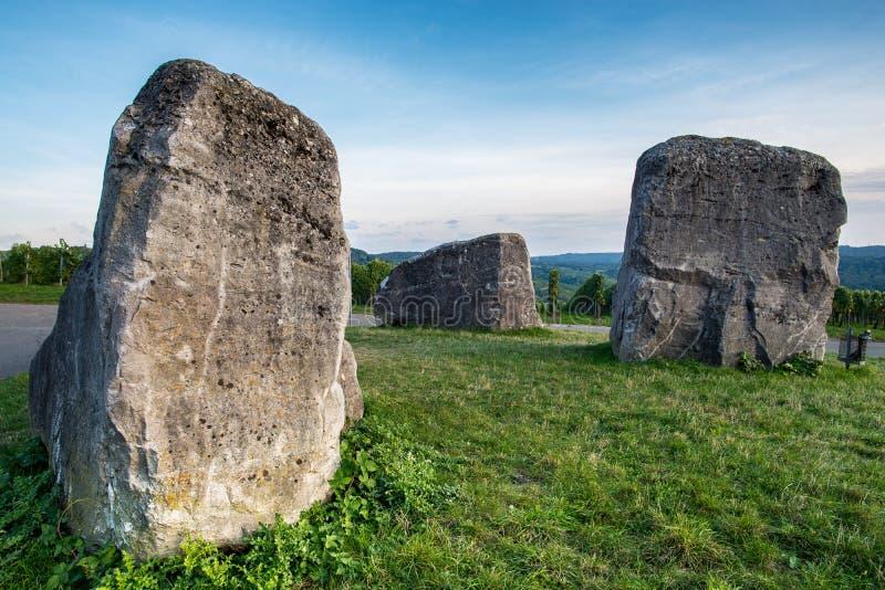 Rocks namngav 3 jättar på en äng fotografering för bildbyråer