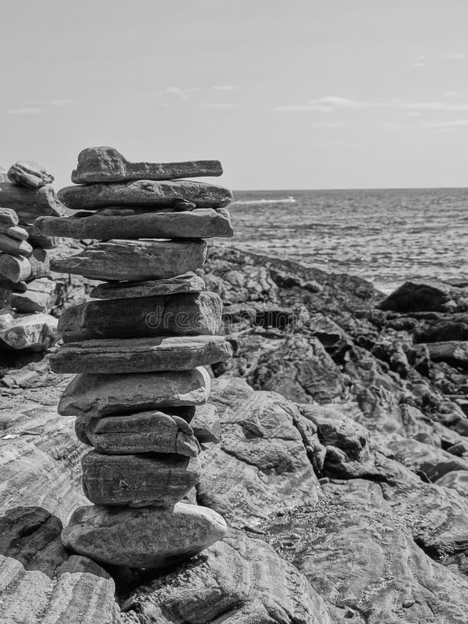 rocks staplade royaltyfri bild