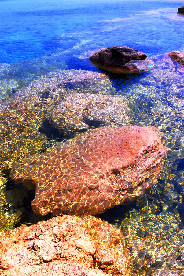 Free Rocks Under Water Stock Photography - 2558602
