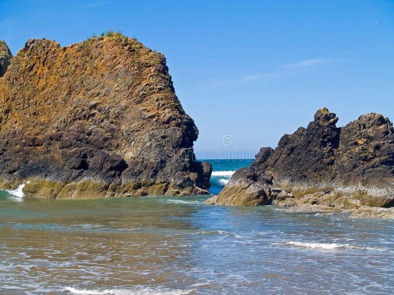 Rocky Beach áspero imagem de stock royalty free