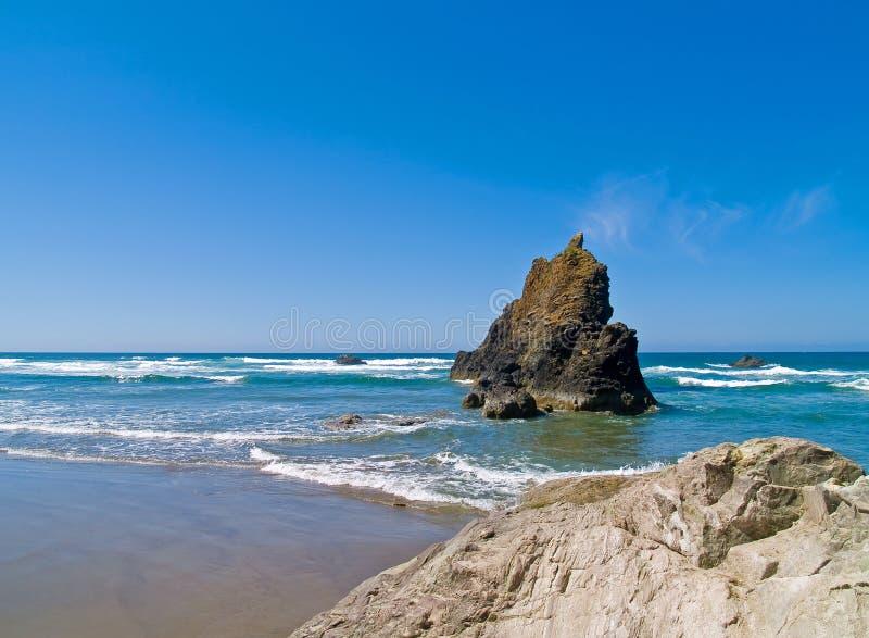 Rocky Beach áspero imagem de stock