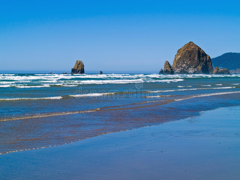 Rocky Beach áspero foto de stock royalty free