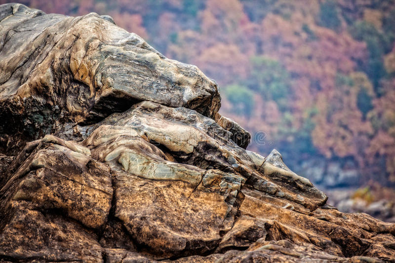 Download Rocky Cliff At Great Falls National Park Stock Photo - Image of rocky, copyspace: 34347402