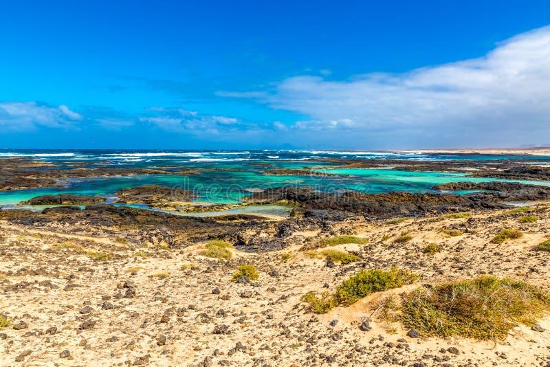Rocky Coastline - EL Cotillo, Fuerteventura, Espanha fotos de stock