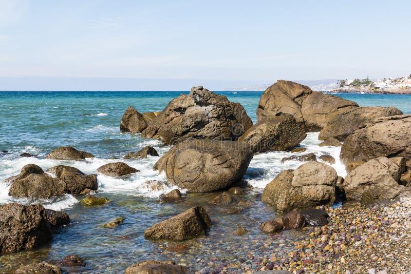 Rocky Coastline in Ensenada, Messico fotografia stock libera da diritti