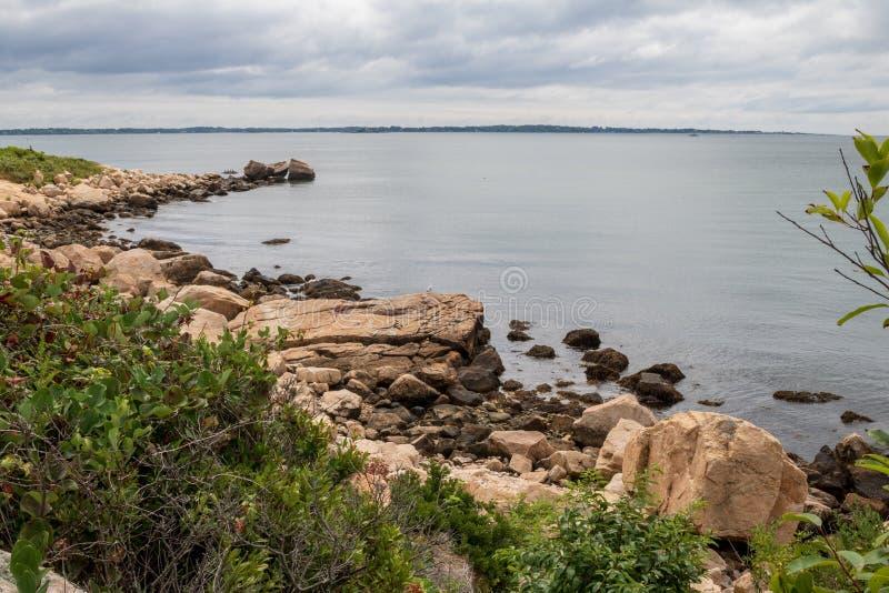 Rocky Connecticut-Küste lizenzfreies stockbild