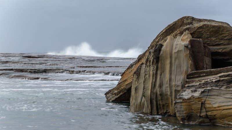 Rocky Daybreak Seascape royalty-vrije stock foto